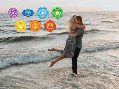 7 τρόποι για να ανοίξετε το τσάκρα της αγάπης